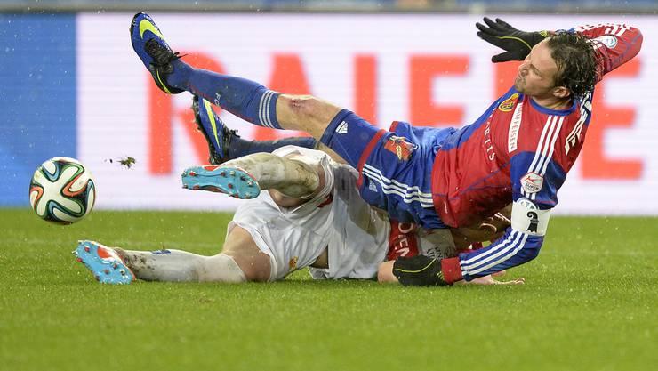 Marco Streller und der FC Basel erleiden einen Rückschlag – Diskushernie.