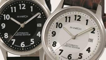 Die «M-Watch» von Mondaine ist neu im Angebot von postshop.
