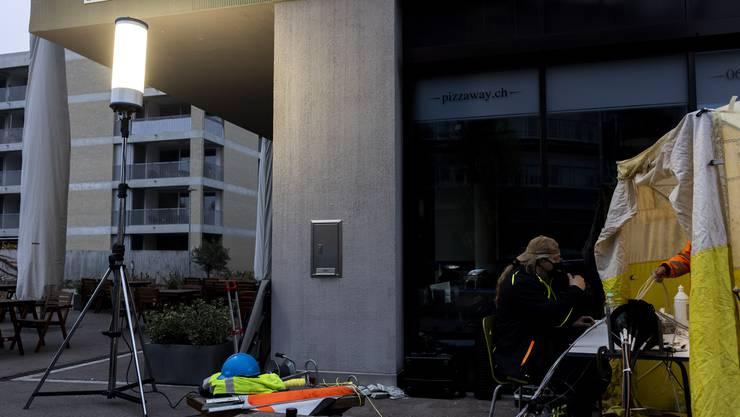 Im Gebäude Gleis1 in Suhr fiel der Strom aus – nun muss improvisiert werden.