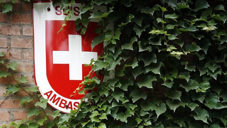 Die Eidgenössische Finanzkontrolle fordert für Schweizer Kleinstvertretungen im Ausland eine neue Strategie. (Symbolbild)
