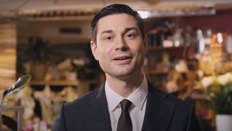 Benjamin Giezendanner, Präsident des Aargauischen Gewerbeverbands, richtet sich per Videobotschaft an die Gewerbetreibenden.