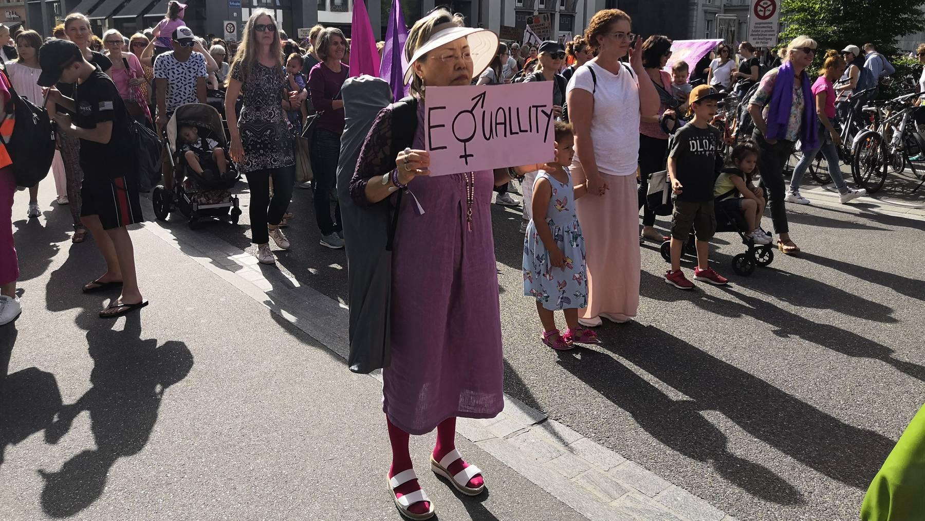 Frauenstreik (2)