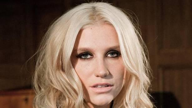 Sängerin Kesha bekennt sich zur Bisexualität