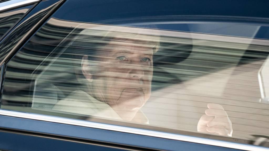 Merkel will zügig über weitere Flüchtlingsaufnahme entscheiden