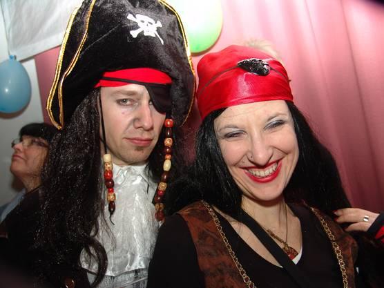 Captain samt Piratenbraut
