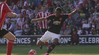 Anthony Martial holt aus und trifft für Manchester United