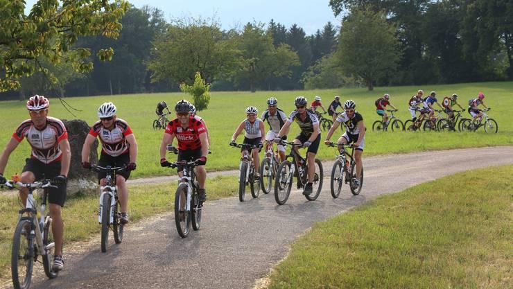 Beim vergangenen Montagstreff stand die Umgebung rund um den Born auf dem Tourenplan der Bikeschule Olten – je nach Leistungsniveau der Gruppe fiel die Streckenwahl aus