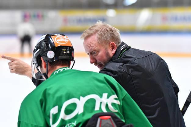 Fredrik Söderström gibt erste Anweisungen