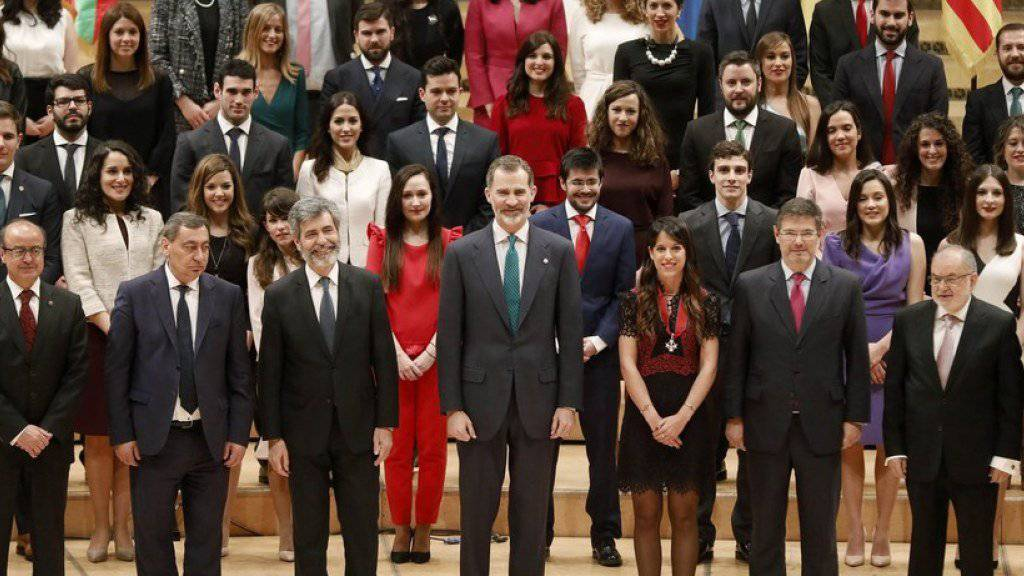 König Felipe unterstützt Richter