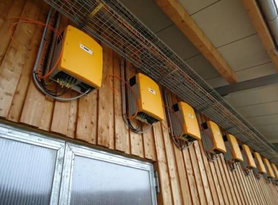 Wechselrichter einer 165 kWp-Anlage in Aetigkofen