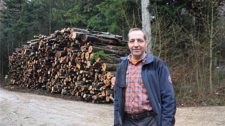 Revierförster Patrik Mosimann: «Leider resultiert ein Fehlbetrag, aber die Situation im Wald ist mit tiefen Holzpreisen, Stürmen, Trockenheit und Hitze schwierig gewesen.»