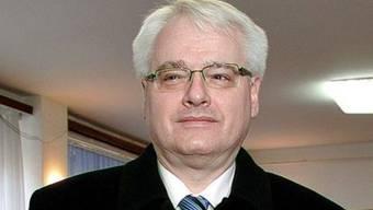 Der kroatische Präsident Ivo Josipovic nimmt nicht an der Amtseinführung in Serbien teil (Archiv)