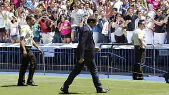 Iker Casillas verlässt Real Madrid nach über 25 Jahren und wechselt zum FC Porto.