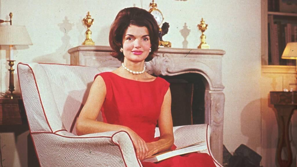 Minus 24: Jackie Kennedy Onassis