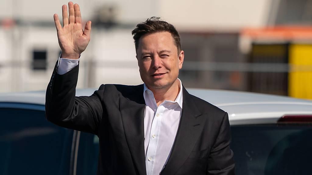 Musk dämpft Erwartungen vor Teslas «Batterie-Tag» - Aktien fallen