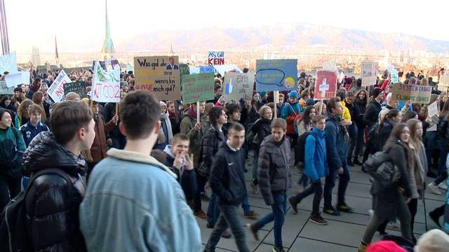 Chantal Galladé befürwortet Klimastreik an Schulen