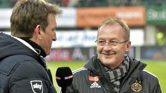 Rapid Wiens Schweizer Sportchef Fredy Bickel im Pauseninterview mit dem Bezahlsender Sky Sport.