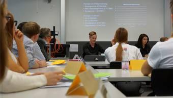 Vier Generalversammlungen in anderthalb Stunden, alle Firmen hatten sich auf ein anderes Kundensegment konzentriert. Dominic Kobelt