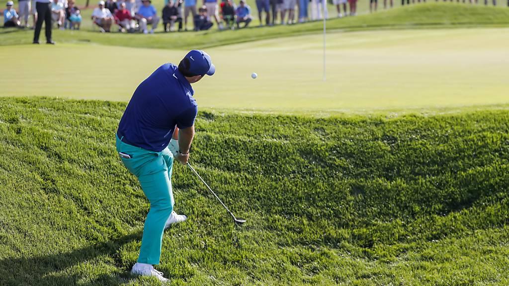 Auch dem Golfsport, im Bild Patrick Reed, macht das Coronavirus einen Strich durch die Rechnung