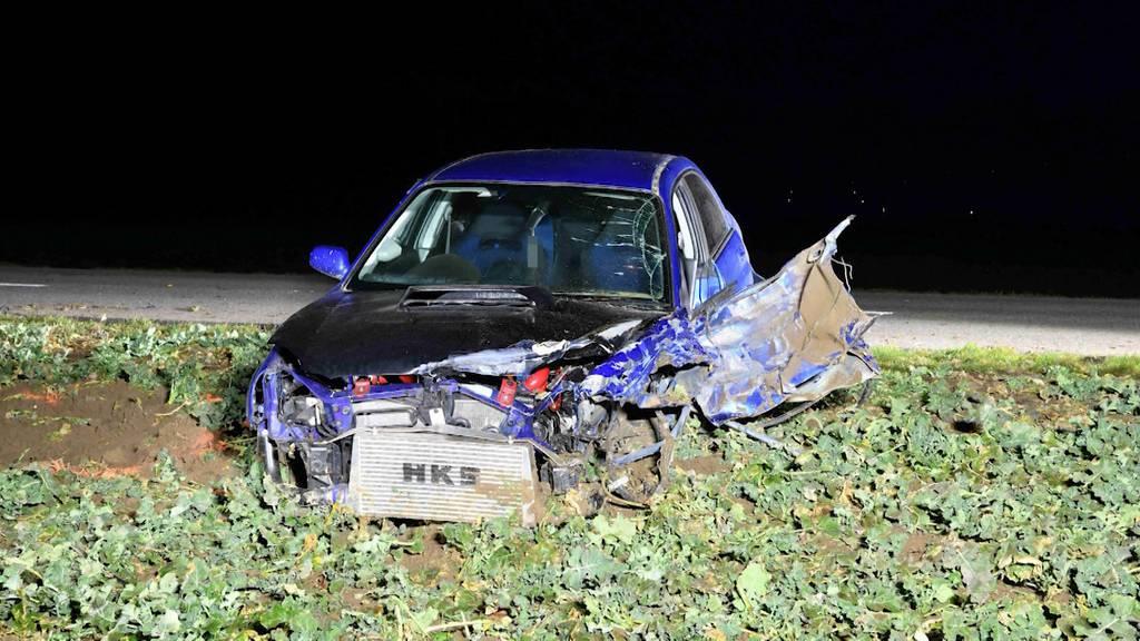 19-Jähriger begeht nach Unfall in Buttwil Fahrerflucht