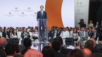 Jared Kushner, Schwiegersohn und Nahost-Beauftragter von US-Präsident Trump, spricht in Manama vor den Teilnehmern der Investitionskonferenz für die Palästinensergebiete. (Bild vom 25. Juni)