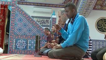 SP-Präsident Christian Levrat will den Islam als Religion staatlich anerkennen, um mehr Demokratie bei muslimischen Vereinen zu erreichen.