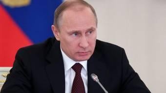 Präsident Putin will patriotische Erziehung in russischen Schulen
