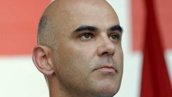 Bundesrat Alain Bersets Departement erwägt eine Klage gegen Comparis (Archiv)