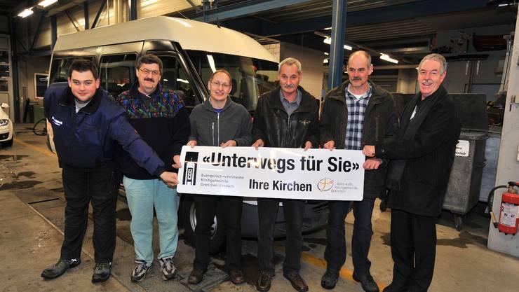 Sie sind unterwegs für die Kirchgemeinden (v.l.): Thomas Hägeli, Markus Brotschi, René Lipp, Martin Ochsner, Marcel Hägeli, Ruedi Köhli.  (Bild: Oliver Menge)
