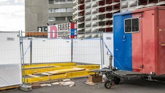 Die Muttenzerkurve kann eine Stadionbar auf der Plattform betreiben