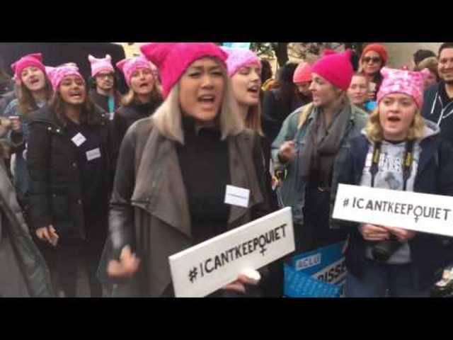 "Frauen singen am ""Women's March"" in Washington"