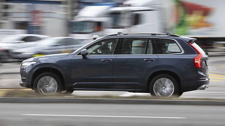"""Eine starke Nachfrage nach seinen """"Stadt-Geländewagen"""" hat Volvo ein gutes drittes Quartal beschert. (Archivbild)"""