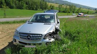 Ehrendingen: Auto und Motorrad prallen frontal ineinander