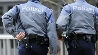 Auf einer Streifenwagenpatrouille am Zürcher Helvetiaplatz wurden die Beamten auf den Dieb und das Opfer aufmerksam.