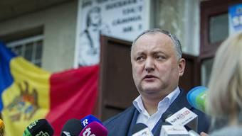 Das moldawische Verfassungsgericht hat die Befugnisse von Präsident Igor Dodon vorübergehend ausgesetzt. Das Gericht reagierte damit auf die Weigerung Dodons, die Ernennung mehrerer EU-freundlicher Minister zu bestätigen. (Archivbild)