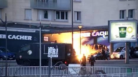 Thumb for 'Terror in Frankreich: Hier stürmt die Polizei den koscheren Lebensmittelladen'