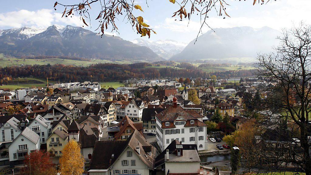 Regierung und Parlament hoffen auch im Obwaldner Hauptort Sarnen auf zahlreiche vermögende Zuzüger.