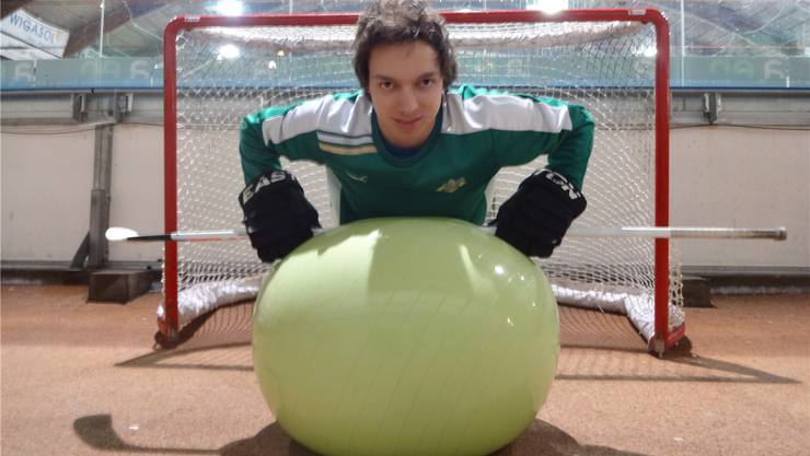 Arbeitet an seiner Physis: Nicola Di Santo macht Liegestütze. CF