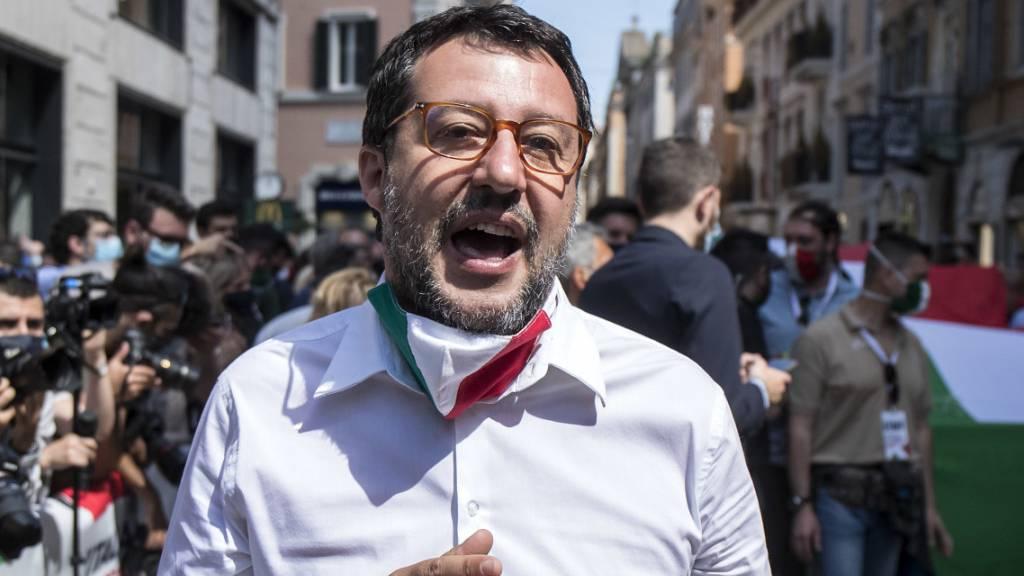 Italiens Rechte demonstriert gegen «Kapitulation»