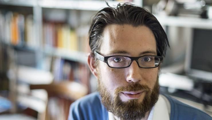 Schriftsteller und Musiker Raphael Urweider ist einer der sechs Trägerinnen und Träger der diesjährigen Literaturpreise des Kantons Bern. (Archivbild)
