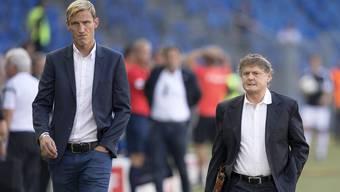Sami Hyypiä (links) und Ancillo Canepa gehen gemeinsam durchs Basler «Joggeli».