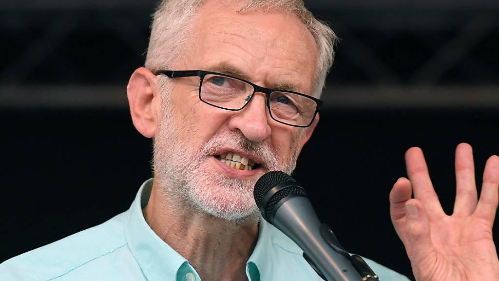 «Stark schädigenden ‹No Deal›-Brexit verhindern»: der britische Labour-Chef Jeremy Corbyn. (Archivbild)