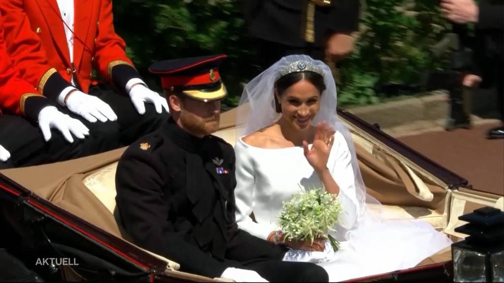 """Megxit"": Queen gibt Harry und Meghan ihren Segen"