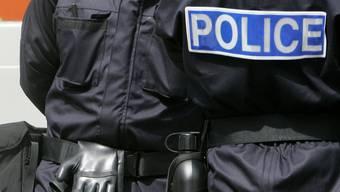 Die Polizei hat 60 Personen verhaftet.