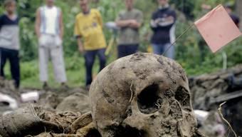 Vermisst und nie identifiziert: In Bosnien-Herzegowina liegen die Knochen Tausender anonym im Boden verstreut.