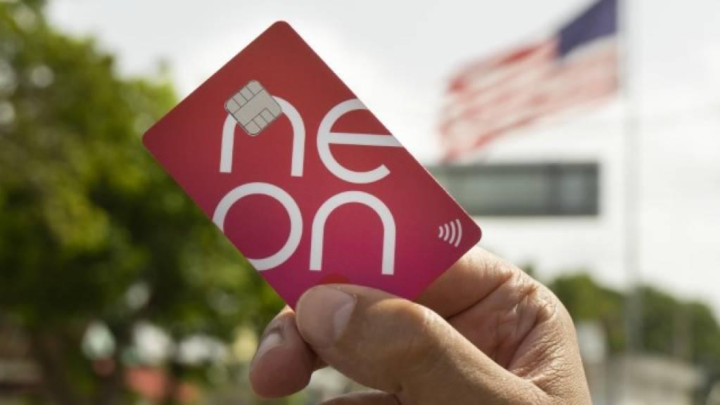 Neon will mit günstigen Auslandzahlungen Kunden anlocken.
