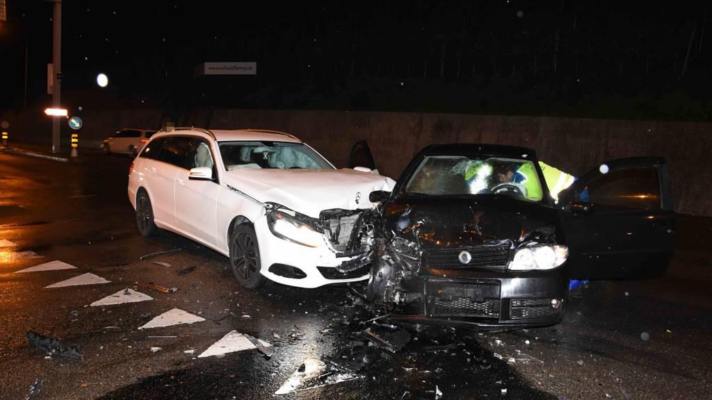 48-Jähriger nach Autounfall unbestimmt verletzt