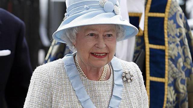 Queen in der zweiten Reihe