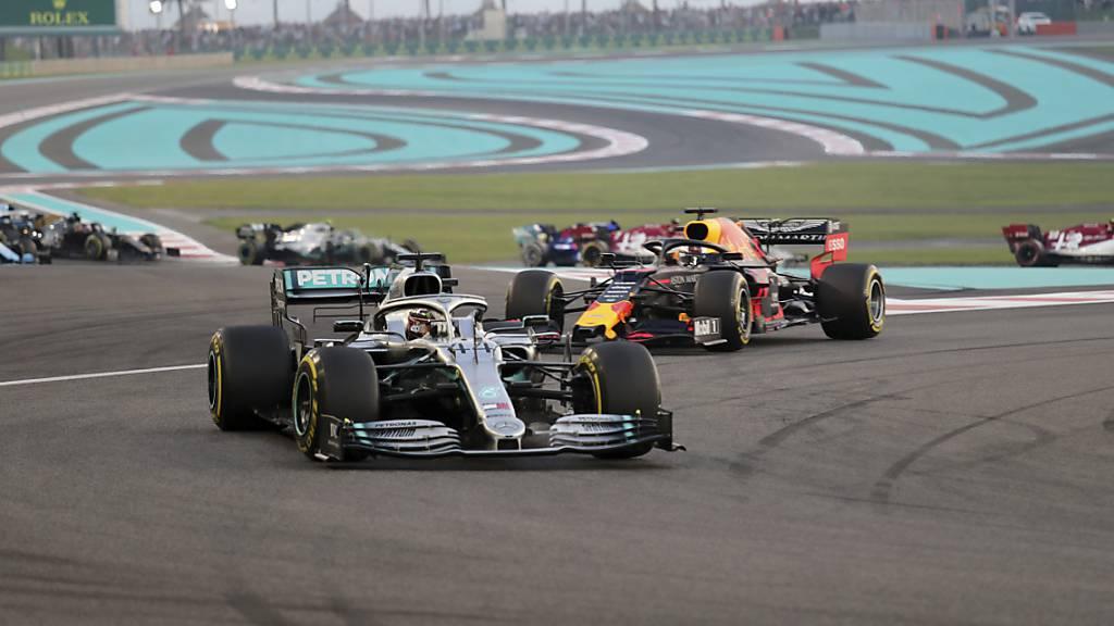 Weltmeister Lewis Hamilton beendet Saison mit Sieg