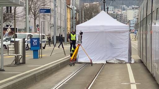82-jähriger Fussgänger stirbt nach Zusammenprall mit Tram